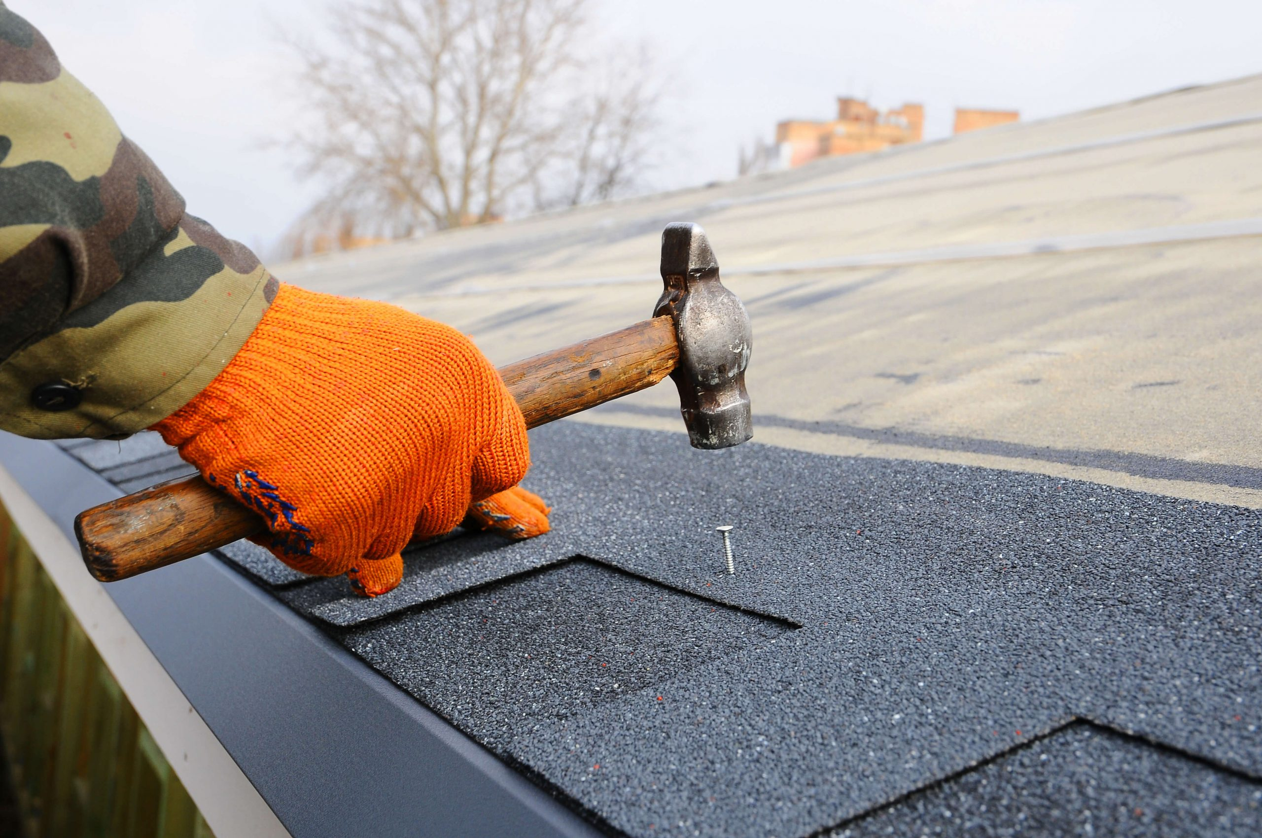 How to Hire a Reliable Roofer and Avoid a Roofing Disaster